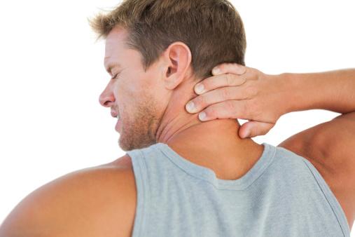 Puede por dolor en espalda estar enfermo la garganta